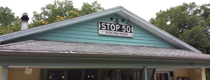 Stop 50 Pizzeria is one of Unofficial LTHForum Great Neighborhood Restaurants.