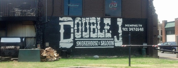 Double J Smokehouse & Saloon is one of Locais salvos de Molly.