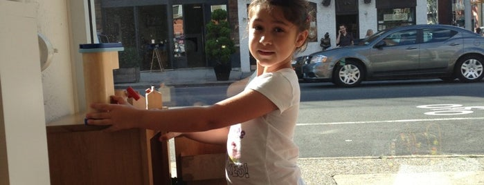 Tribeca Pediatrics is one of Suz'un Beğendiği Mekanlar.