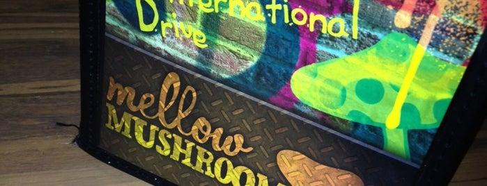 Mellow Mushroom is one of Tempat yang Disukai Ian.