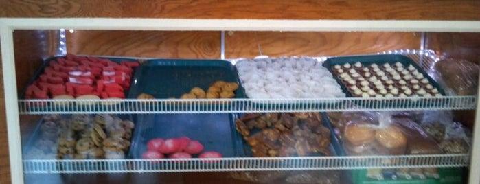 Arturo's Baked Goods is one of Indiana Bucket List.