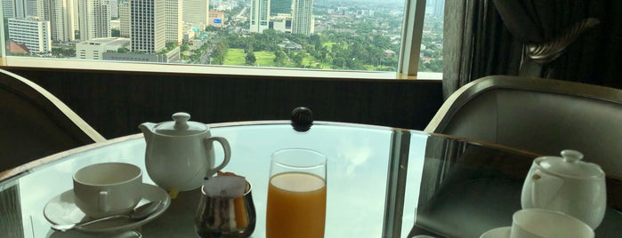 Executive Lounge - Hotel Mulia Senayan, Jakarta is one of Senayan Areas: My Playground, Workplace and Home.