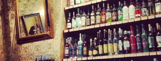 Absinth Depot Berlin is one of Allemagne ♥︎.