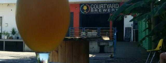 Courtyard Brewery is one of Locais salvos de Allison.