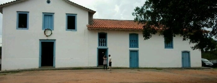 Igreja Nossa Senhora da Escada is one of Posti che sono piaciuti a Maggie.