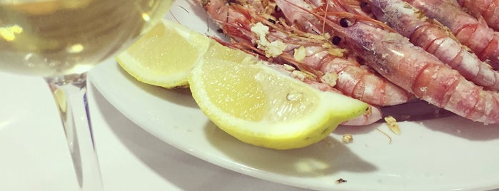 Restaurante Paco Baile is one of Paolaさんのお気に入りスポット.