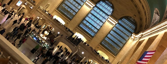 Grand Central Terminal is one of Lugares favoritos de Paola.