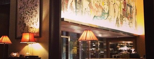 Lobby Lounge is one of Lugares favoritos de Francisco.
