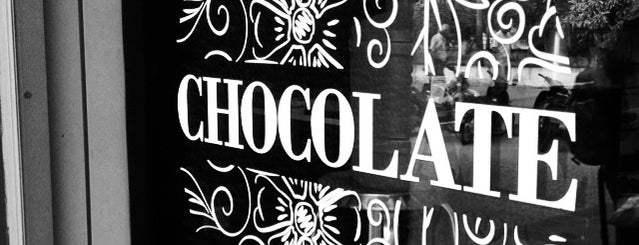 Exotic Chocolatier is one of Paolaさんのお気に入りスポット.