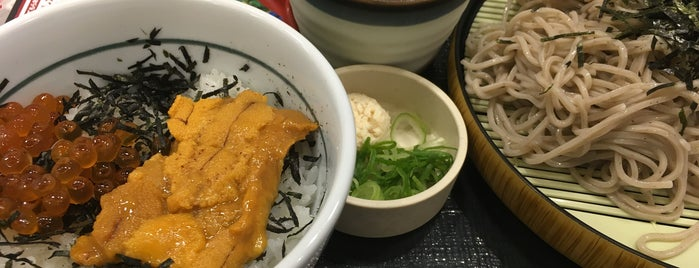 なか卯 甲府国母店 is one of Nimoさんのお気に入りスポット.