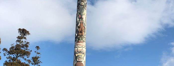The Totem Pole is one of สถานที่ที่ Patrick ถูกใจ.