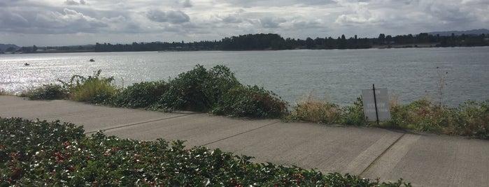 Waterfront Renaissance Trail is one of Orte, die Maggie gefallen.
