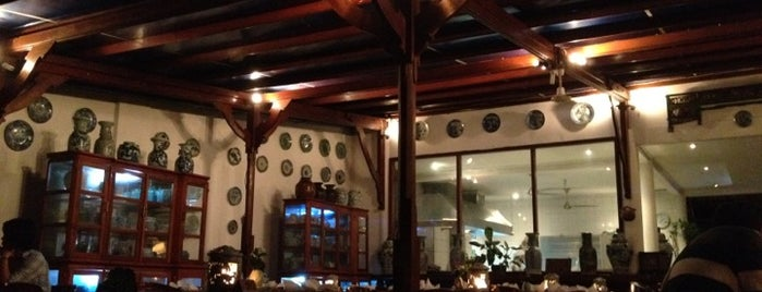 Lotus Bayview Restaurant is one of best place in Lombok.