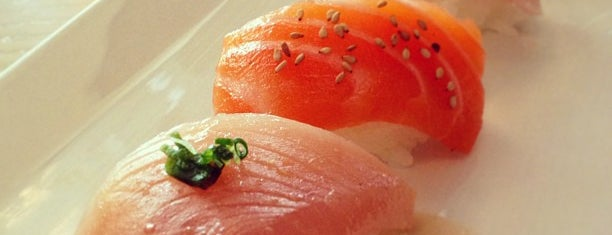 SUGARFISH by sushi nozawa is one of Tracey : понравившиеся места.