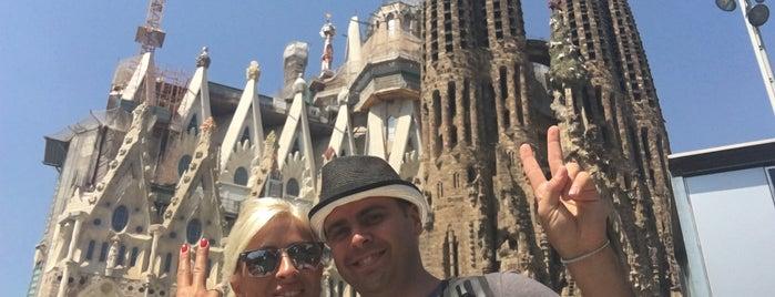 Sagrada Família is one of สถานที่ที่ Suheyla ถูกใจ.