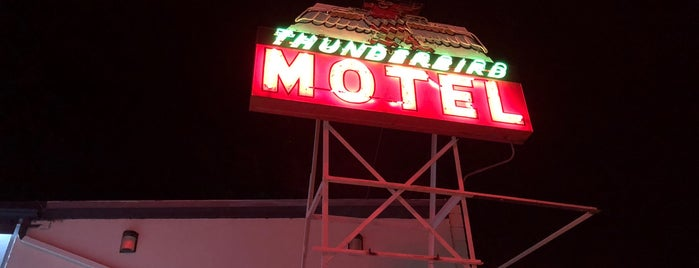 Thunderbird Motel is one of Neon/Signs N. California 2.