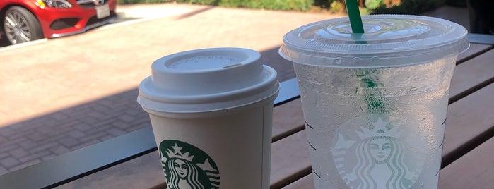 Starbucks is one of A.A.A'nın Beğendiği Mekanlar.
