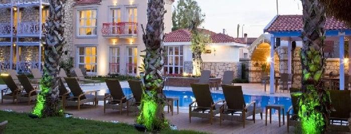 Casaoliva Hotel is one of Bengü Deliktaş'ın Beğendiği Mekanlar.