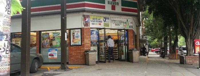 7- Eleven is one of Lugares favoritos de Kristian.