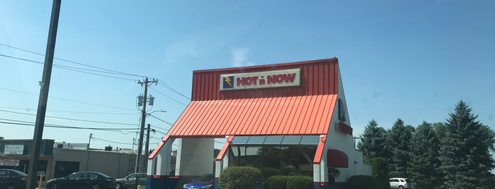 Hot 'n Now is one of Midwest Roadtrip.