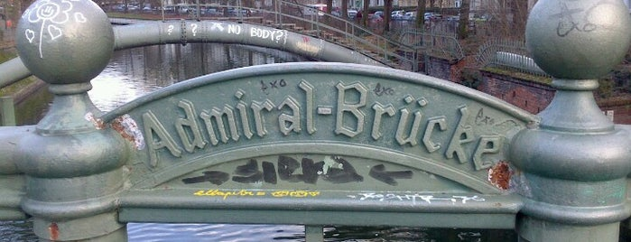 Admiral-Brücke is one of Tempat yang Disukai Chris.