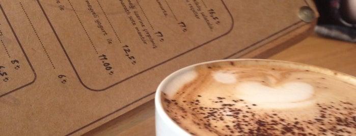 180° Coffee Bakery is one of İstanbul Yeme&İçme Rehberi - 3.