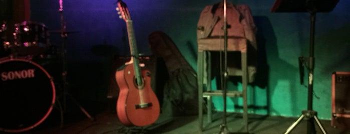 Livingroom Jazz Club is one of Kadıköy jazz.
