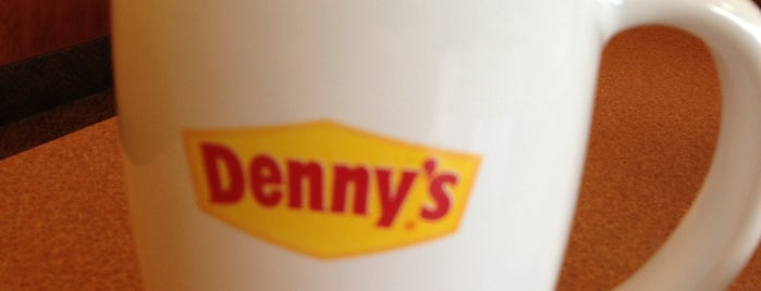Denny's is one of สถานที่ที่ Leia ถูกใจ.