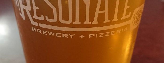 Resonate Brewery & Pizzaria is one of Tempat yang Disukai Daniel.