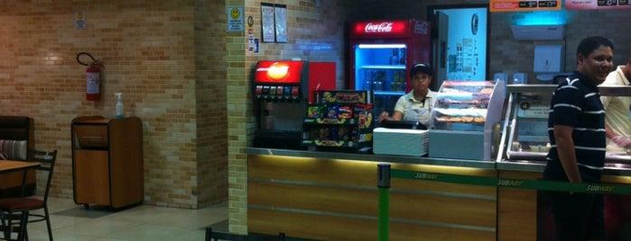Subway is one of Locais em que já fui.