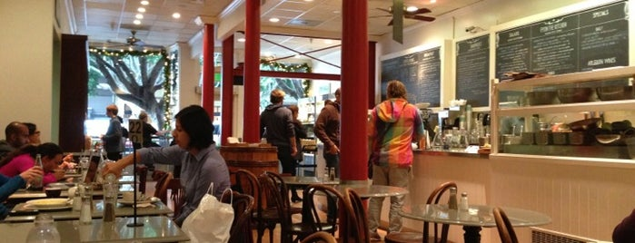 Arlequin Cafe & Food To Go is one of SF.