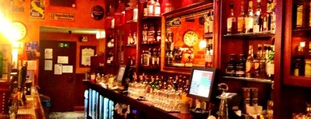 Kennedy's Irish Bar & Restaurant is one of MUC.
