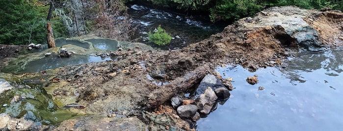 Umpqua Hot Springs is one of Portland.
