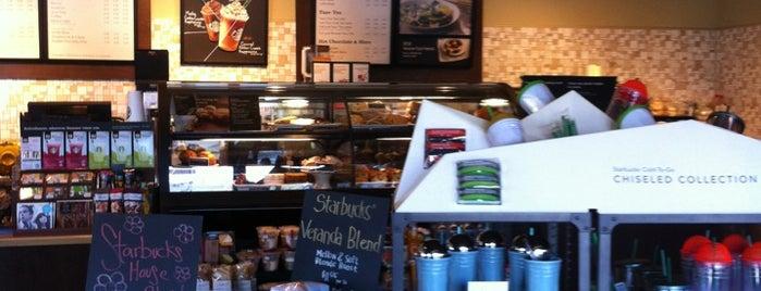 Starbucks is one of Gustavia : понравившиеся места.