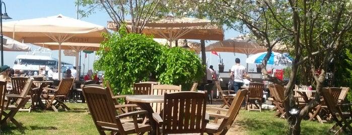 Helya Cafe is one of Gözde'nin Beğendiği Mekanlar.