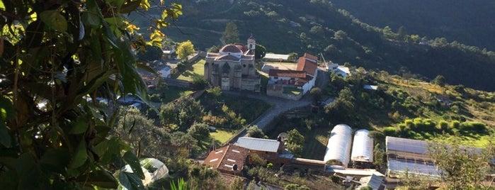 Santa Catarina Lachatao, Ixtlan, Oax is one of Tempat yang Disukai Julian.