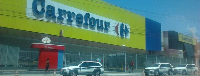 Carrefour is one of Locais curtidos por Marcio.