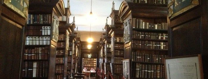 Marsh's Library is one of To-visit in Ireland.