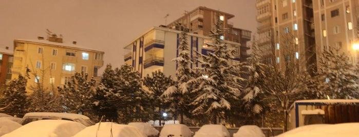 Fatih Sitesi is one of Orte, die didem gefallen.