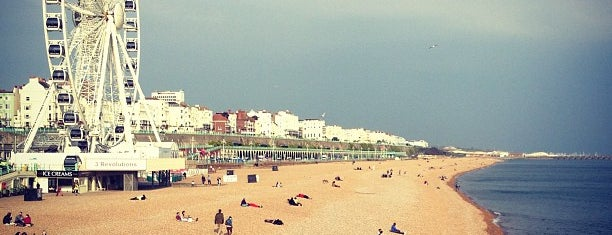 Brighton Beach is one of Lieux qui ont plu à Jon.