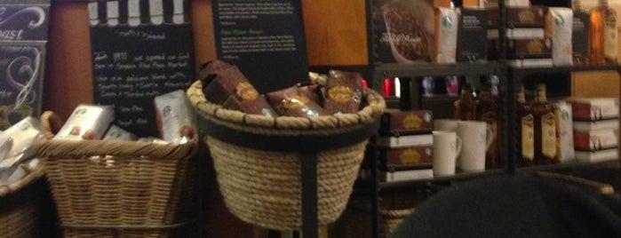Starbucks is one of สถานที่ที่ Gabby ถูกใจ.