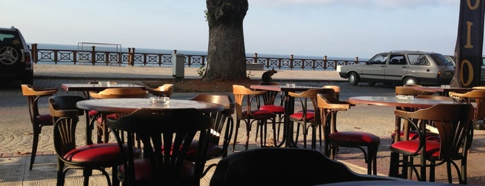 Çınar Cafe is one of Tempat yang Disukai Sdt.