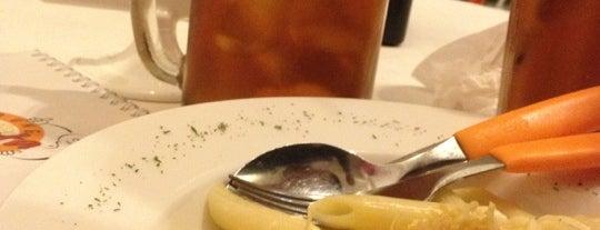 Warung Pasta is one of Posti che sono piaciuti a Rafika Isya Rasyid.