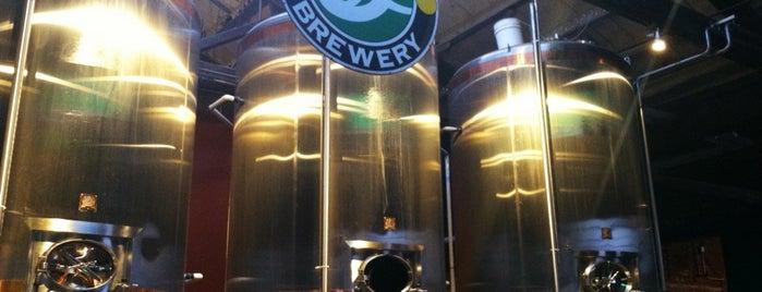 Brooklyn Brewery is one of uwishunu brooklyn.