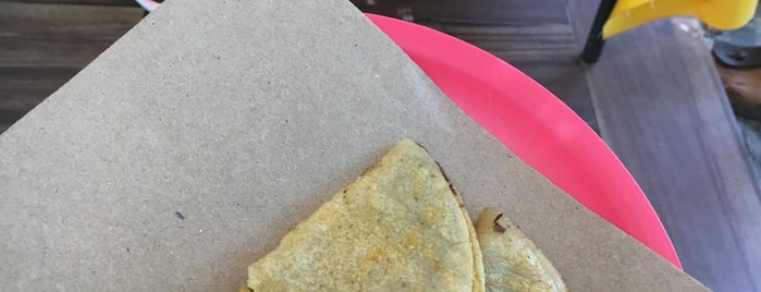 Aca-Tacos de Canasta is one of MEXICO.