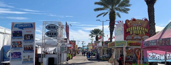 South Florida Fairgrounds is one of Locais curtidos por Scott.