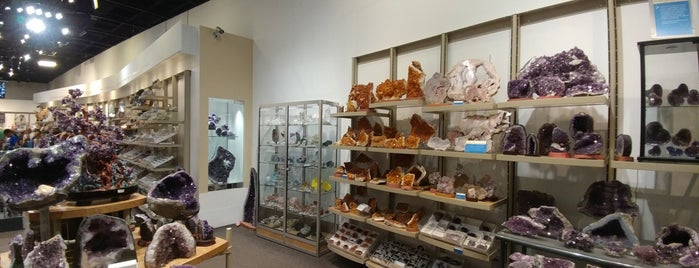 Gems & Minerals Museum Store is one of Bric à brac USA.