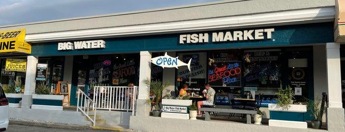 Big Water Fish Market is one of Sarasota.