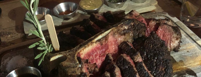 Bistecca Italian Steak House is one of Lieux sauvegardés par Edward.