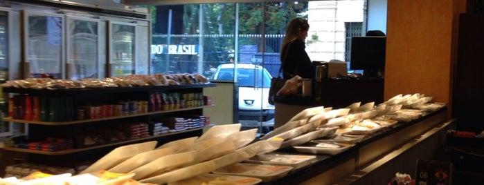 Andradas Café & Confeitaria is one of Annie'nin Beğendiği Mekanlar.